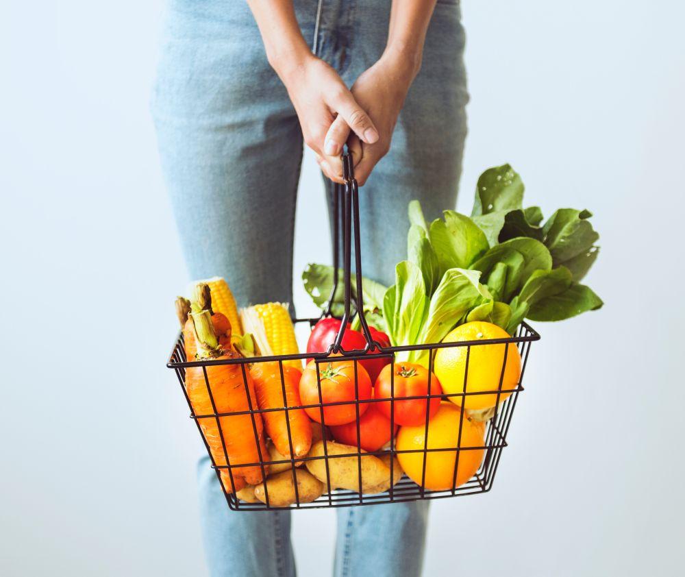 Gezond oud worden? Eet de regenboog aan groenten en fruit.